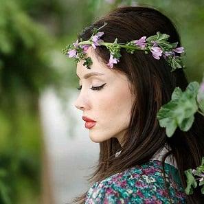 پوستی به لطافت گل های بهاری